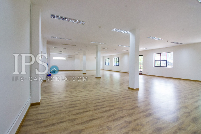 100 Sqm Office Space for Rent - Daun Penh, Phnom Penh