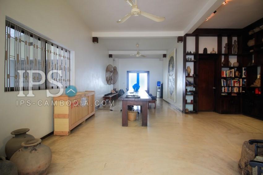 4 Bedroom Commercial  Villa For Rent - BKK 3, Phnom Penh