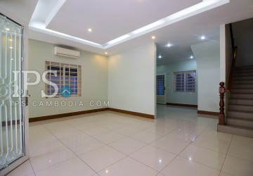 5 Bedroom Townhouse For Rent - Toul Tum Poung 2, Phnom Penh
