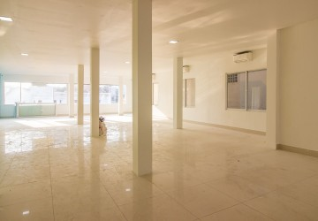 180 Sqm Office Space For Rent in Daun Penh - Phnom Penh