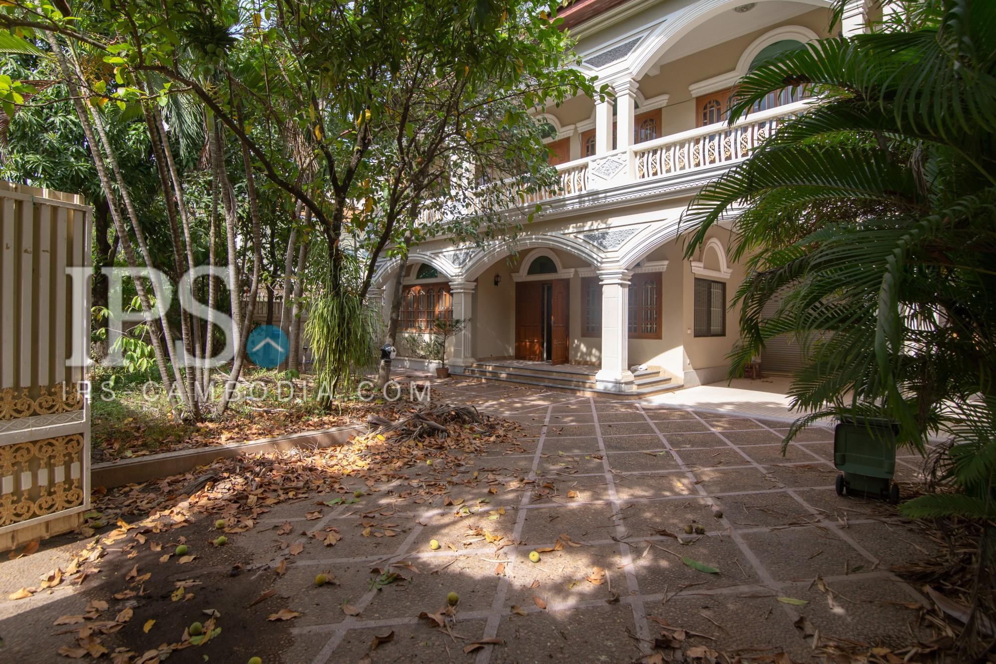 6 Bedroom Villa For Rent - Tonle Bassac, Phnom Penh