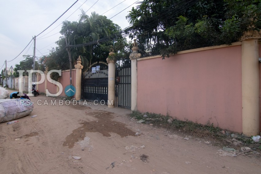 864 sq.m Land For Sale - Chbar Ampov, Phnom Penh