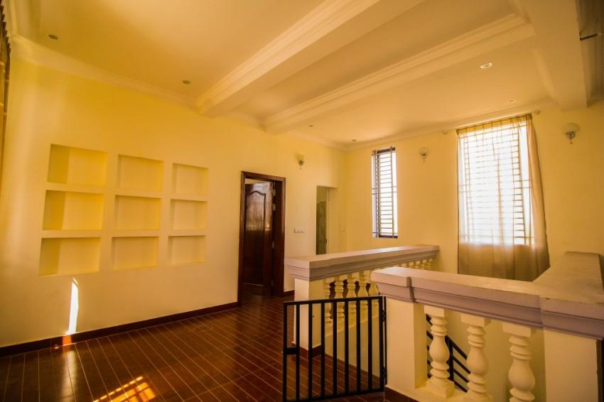 Siem Reap 3 Bedroom Villa for Rent - Ring Road