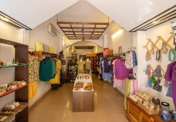 Shophouse  For Rent - BKK1, Phnom Penh