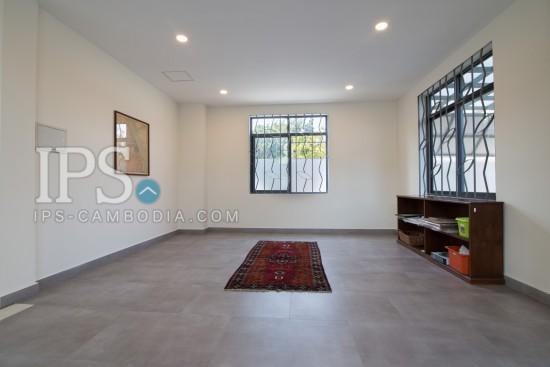 5 Bedroom Villa For Sale - Preak Thmei, Chbar Ampov, Phnom Penh