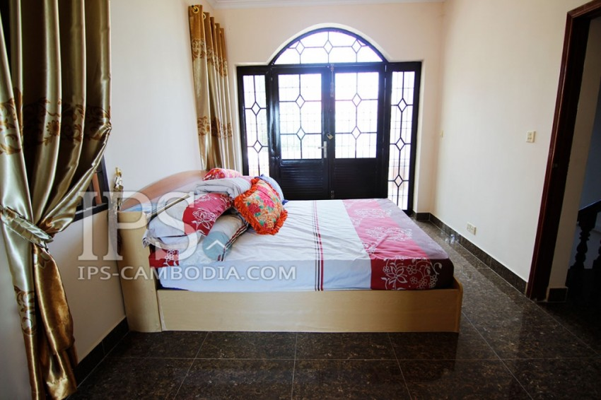 Elegant Villa for Rent in Phnom Penh - Four Bedrooms in Chroy Changvar