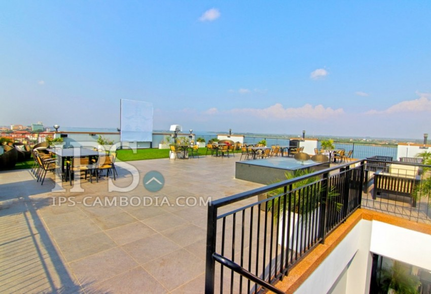 Service Apartment For Rent - Two Bedroom in Chroy Changva