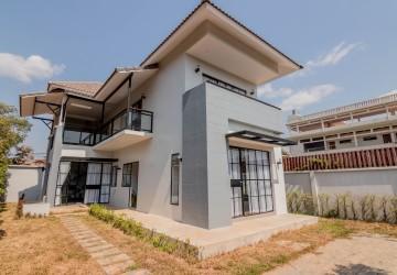 Western Style Villa 3 Bedroom  For Rent - Wat Damnak, Siem Reap