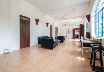 2 Bedroom and 1 Study Room Apartment For Rent - Phsar Kandal 1, Phnom Penh thumbnail