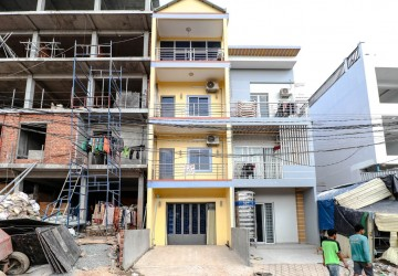 6 Bedroom Apartment For Rent - Downtown Area, Sihanoukville