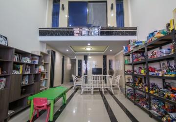 2 Bedroom Flat For Sale - Boeung Tumpun, Phnom Penh