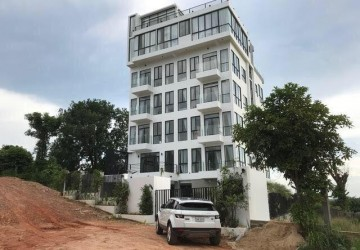 16 Rooms and 1 Penthouse Boutique Hotel For Sale - Mittapheap, Sihanoukville