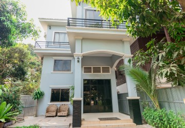 4 Bedroom Villa For Rent - Slor Kram, Siem Reap
