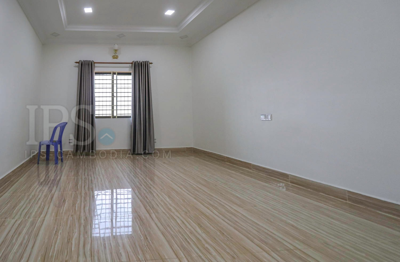 11 Bedroom Apartment For Rent - Ekreach, Sihanoukville
