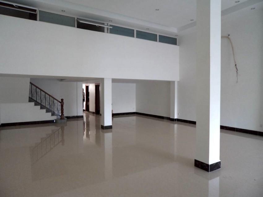 Commercial Building for rent in Chroy Chongva - near Japanese Bridge
