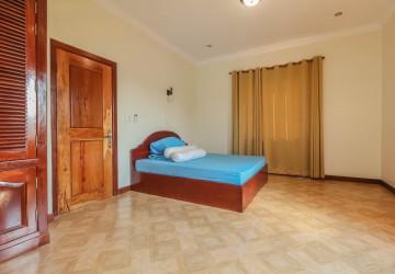 3 Bedroom Villa For Rent - Svay Dangkum, Siem Reap thumbnail