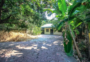 House and Land For Sale - Phsar Daeum Thkov, Phnom Penh