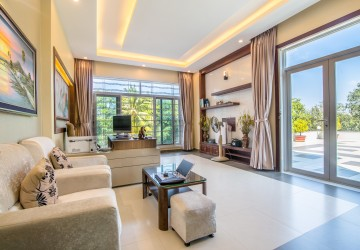6 Bedroom Villa  For Rent - Preaek Aeng, Phnom Penh thumbnail