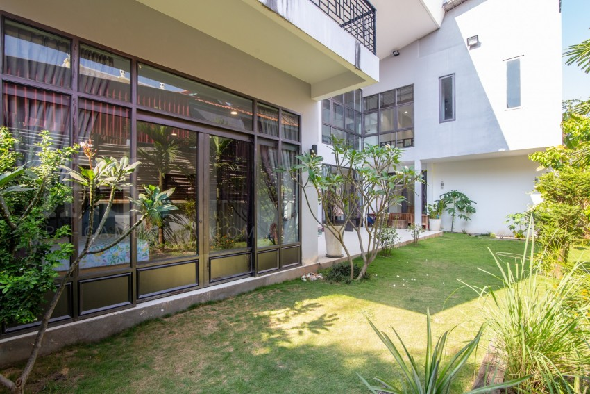 4 Bedroom Villa  For Sale - Preaek Aeng, Phnom Penh