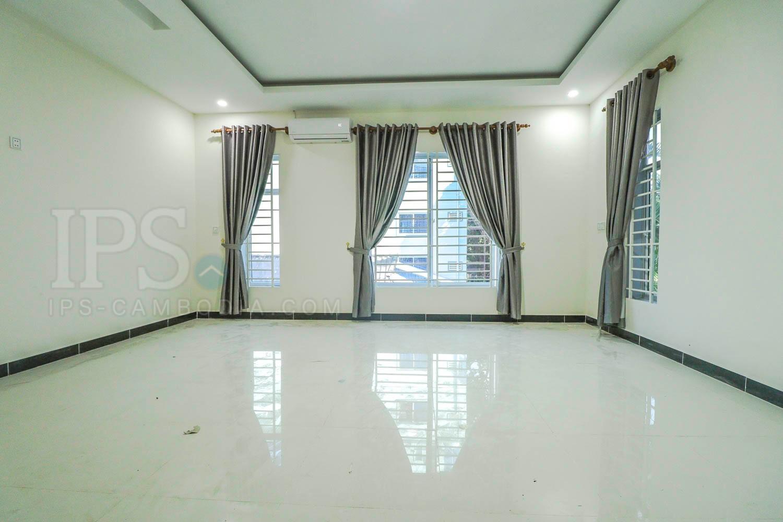14 Rooms Apartment Building For Rent - Mittapheap, Sihanoukville