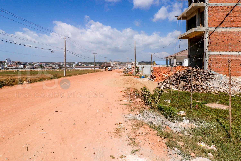 600 sq.m. Land For Rent - Ochheuteal Beach, Sihanoukville