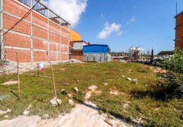 600 sq.m. Land For Rent - Ochheuteal Beach, Sihanoukville thumbnail