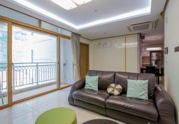 2 Bedroom Apartment For Rent - BKK1, Phnom Penh