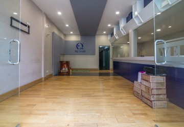 5 Room Shophouse For Rent - BKK3, Phnom Penh