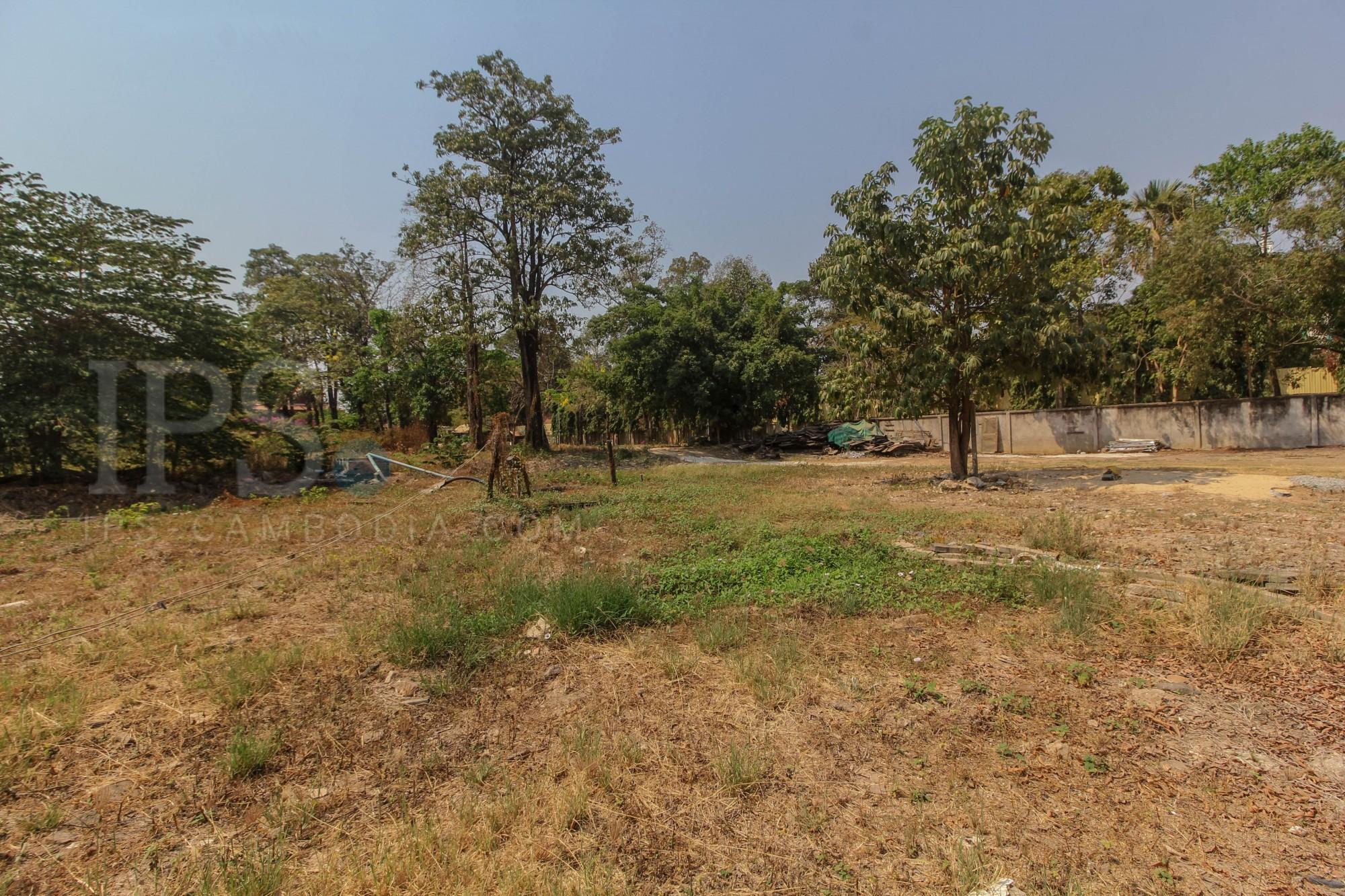 7,541 sq.m. Land  For Sale - Great Location! Wat Damnak, Siem Reap