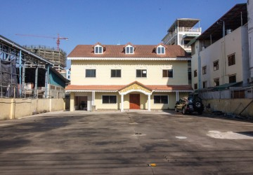 10 Bedroom House For Rent - Toul Kork, Phnom Penh