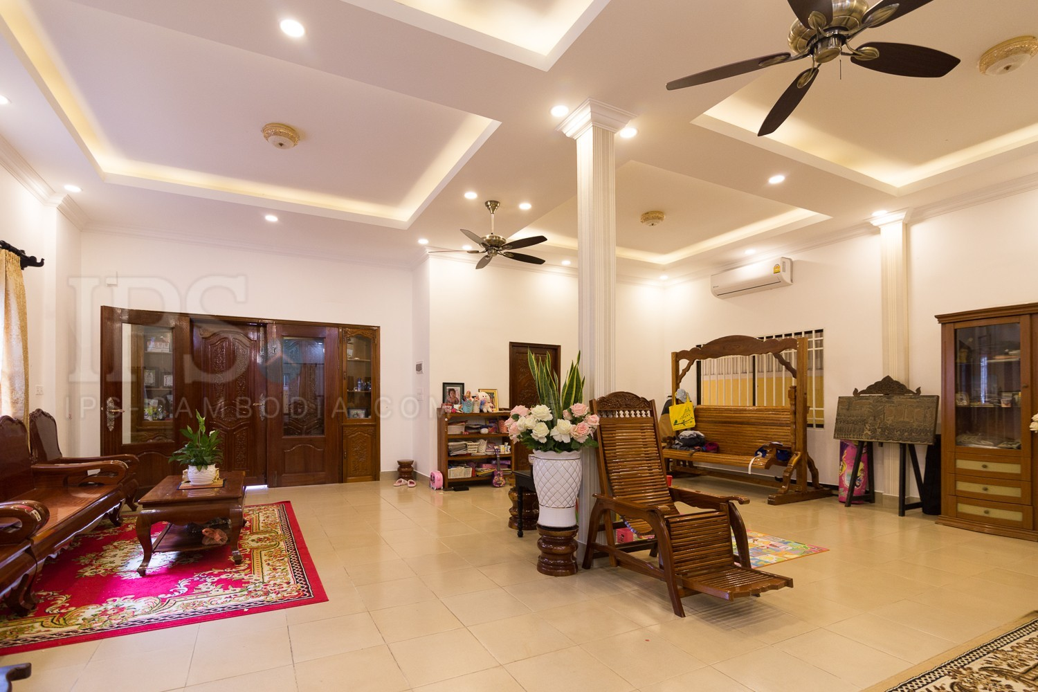 Commercial villa For Rent   - Tuol Tom Pong