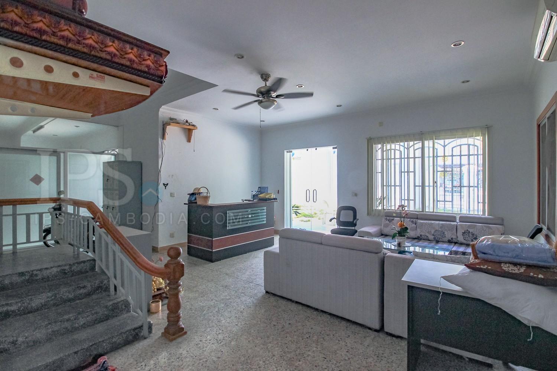 7 Bedroom Commercial Villa For Sale - Touk Kork, Phnom Penh