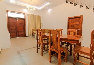 2 Bedroom Flat For Rent - Sala Kamreuk, Siem Reap
