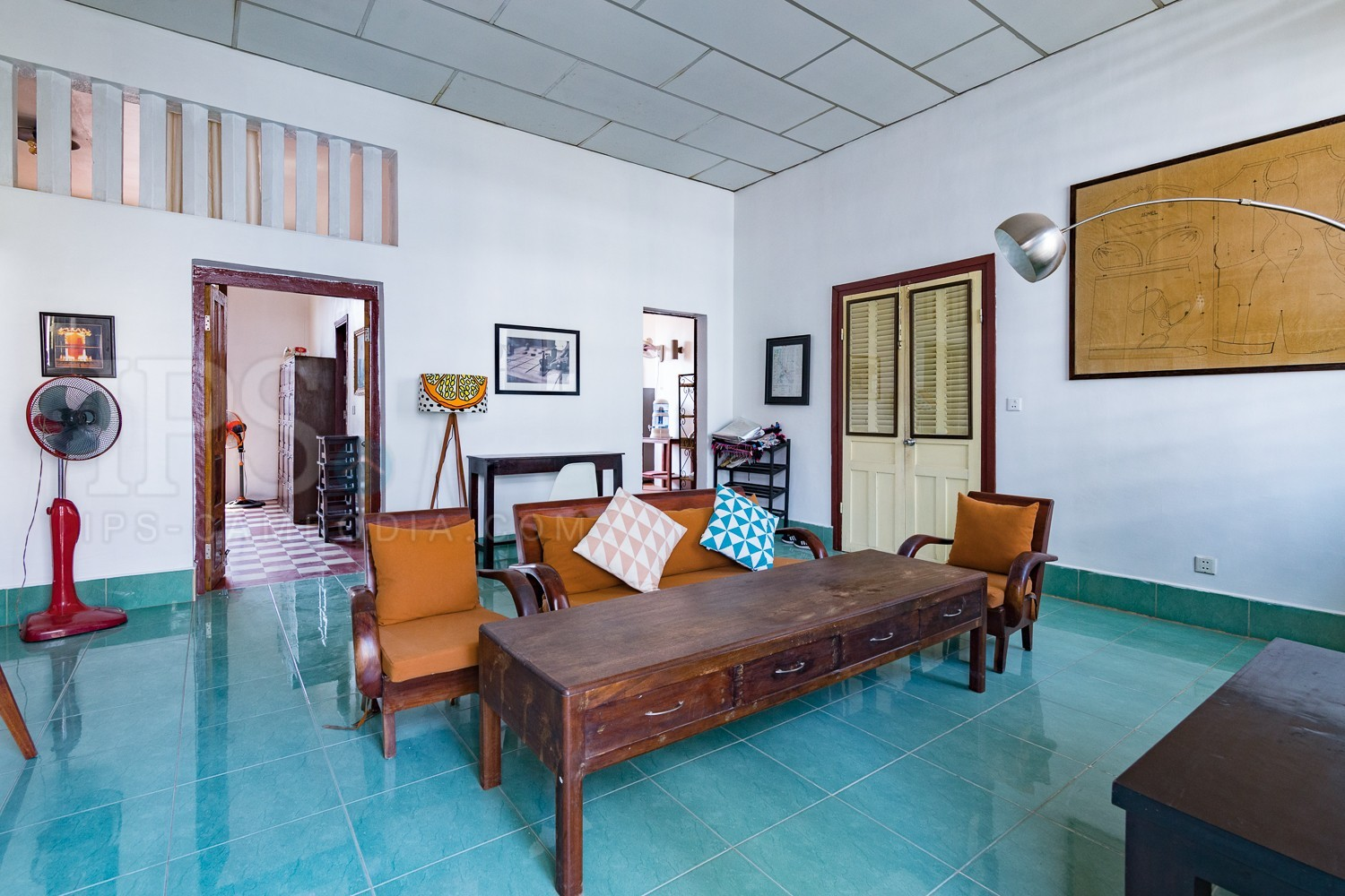 2 Bedroom Apartment For Rent - Wat Phnom, Phnom Penh
