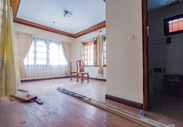 5 Bedrooms Villa For Rent - BKK1 , Phnom Penh  thumbnail