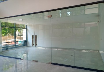 30 sq.m. Retail Space For Rent - Tonle Bassac, Phnom Penh