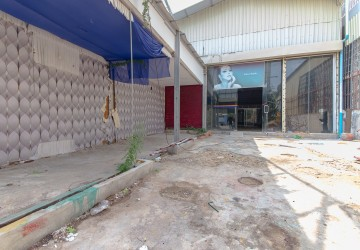 204 sq.m. Warehouse For Rent - Toul Kork, Phnom Penh