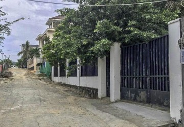 500 sq.m. House and Land For Sale - Mittapheap, Sihanoukville thumbnail