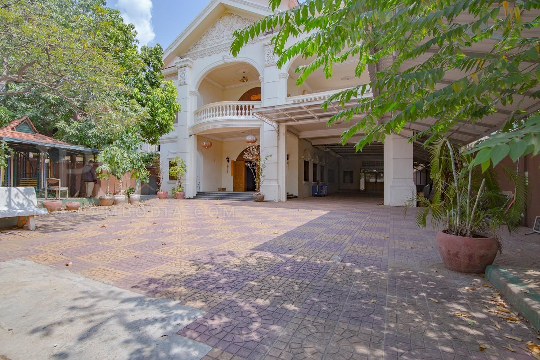 7Bedroom Commercial Villa For Rent - Toul  Kok, Phnom Penh