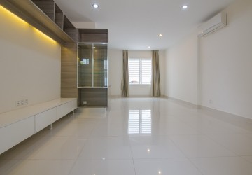 2Bedrooms House For Rent - Nirout , Phnom Penh