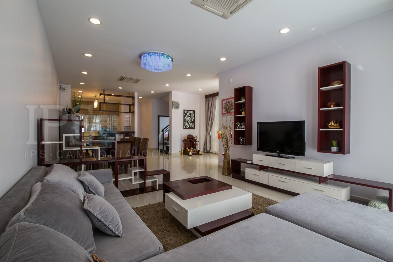 5 Bedroom Villa  For Rent - Tonle Bassac, Phnom Penh
