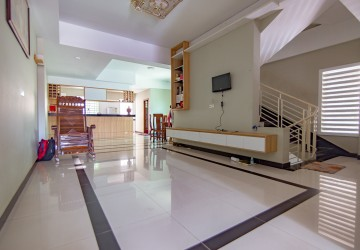 6 Bedrooms Building For Rent - Toul Kork, Phnom Penh