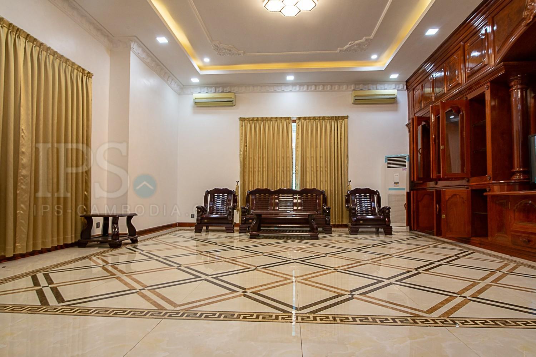 7 Bedroom Villa  For Rent in Tonle Bassac, Phnom Penh