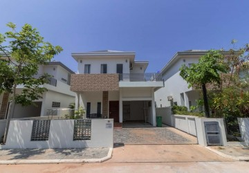 3 Bedroom Villa For Sale - Sra Ngae, Siem Reap