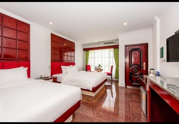 15 Room Guesthouse For Rent - Svay Dangkum, Siem Reap thumbnail