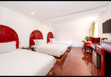 15 Room Guesthouse For Sale - Svay Dangkum, Siem Reap thumbnail