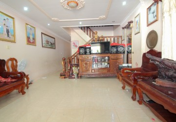 3 Bedroom Villa For Sale - Svaydum kum, Siem Reap