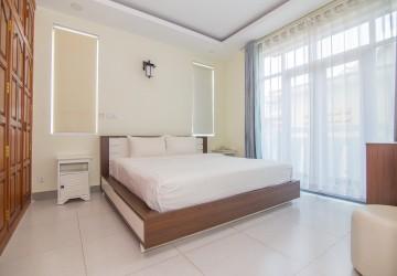 1 Bedroom Apartment For Rent - Boeung Trabek, Phnom Penh thumbnail