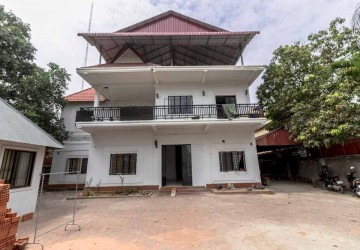 Land with 8 Bedroom House For Sale - Wat Bo, Siem Reap