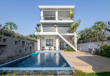 5 Bedroom Villa For Rent - Preak Thmei, Chbar Ampov, Phnom Penh
